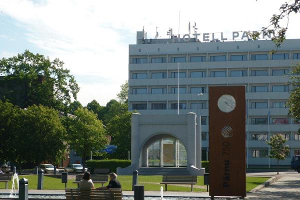 """Ekskursija gida pavadībā """"Pērnava - Igaunijas Republikas dzimtā pilsēta"""""""