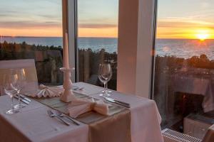 Illallinen kahdelle Meresuu SPA & Hotellin 11. kerroksessa