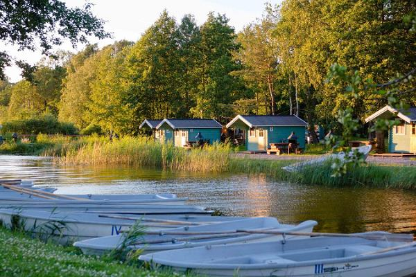 Boat rental of Ermistu Holiday Village