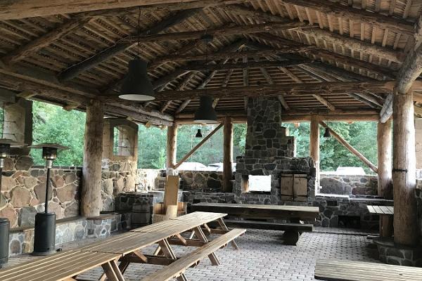 Tiku Farm, outdoor hall