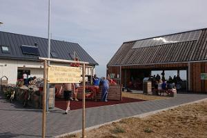 Портовый рынок Кихну – местная еда и изделия ручной работы