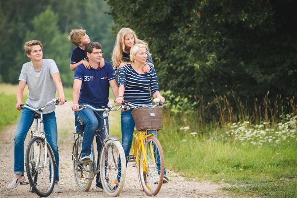 Kalevipoeg bike tour on the Põltsamaa–Pajusi–Aidu–Puurmani–Umbusi–Põltsamaa route
