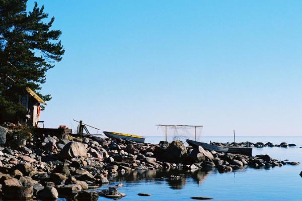 Vandrings- och bastutur på Vrangö