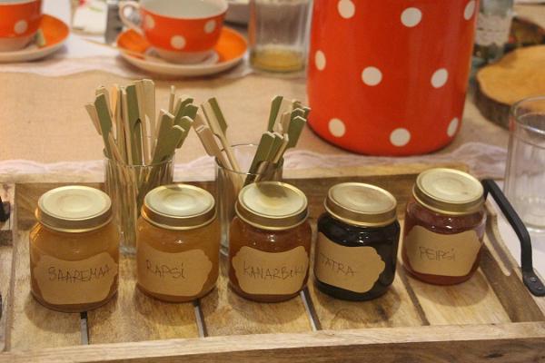 Mesi taren hunajahuone Sipulitiellä