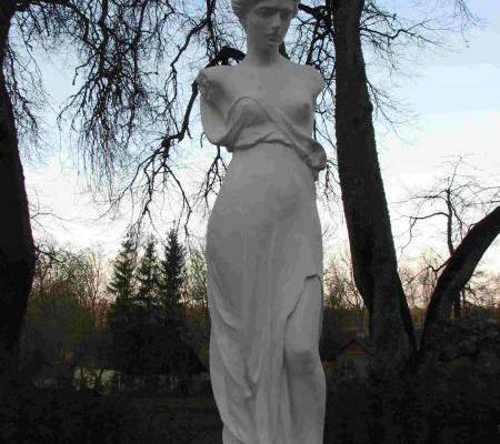 Venusstaty i Luke herrgårdspark