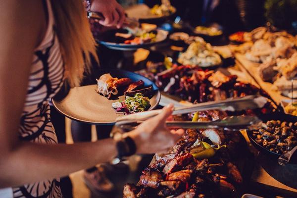Köttallrik på restaurang Waksal Wabrik