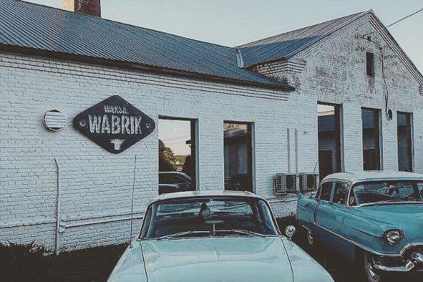 Restaurang Waksal Wabrik utifrån