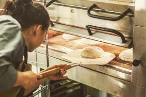 """Maiznīca un gaļas darbnīca """"Kotzebue Bakery & Charcuterie"""""""
