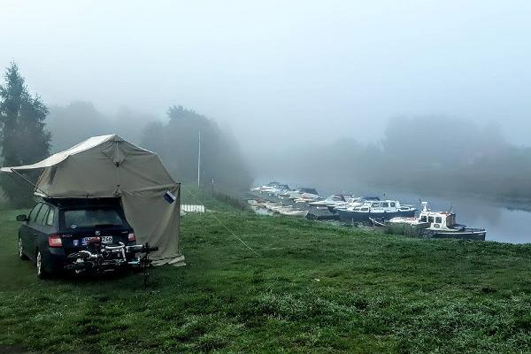 Fishing Village -lomakylä ja asuntovaunualue