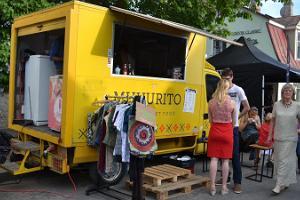Straßenfestival in Kuressaare – Garagenverkauf
