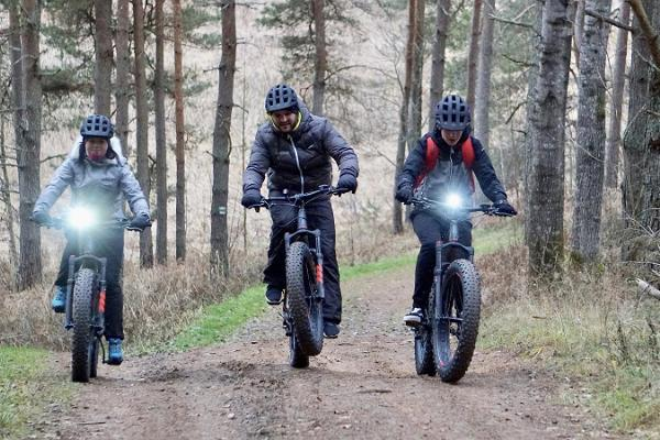 Taevaskoda on electric bicycles – tour of Ahja Primeval Valley Reserve