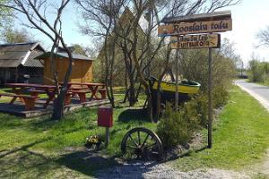 Rooslaiun maatilakauppa-kahvila Kihnussa
