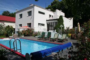 Acacia Villa Apartment 1