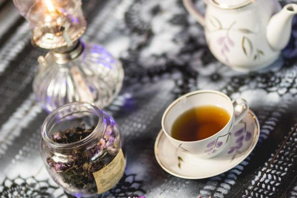 Ivan Chai tējas pagatavošanas darbnīca