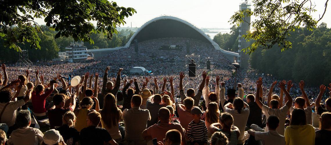 Das Sänger- und Tanzfest in Estland