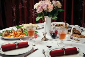 Harmoonikumi Mõisaproua söögituba