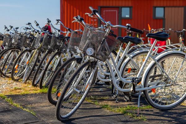 VisitKihnu.com - öns största cykeluthyrning, som ligger i Kynö hamn