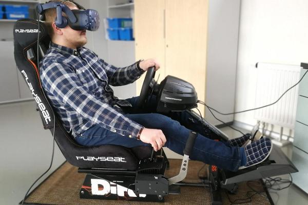 Innovaatiokeskus INNOKAS. Robotiikka ja virtuaalinen todellisuus