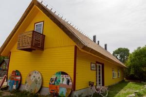 Das Traditionsbauernhof von Metsamaa auf der Insel Kihnu