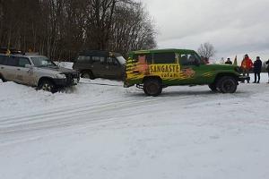 Sangaste Safari autod talvel