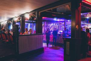Restaurant Kuursaal - the biggest pub in Estonia