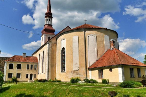 EELK Sankt Nikolajkyrkan i Põltsamaa