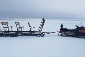 Ледовое зимнее приключение на рыбалке на Чудском озере