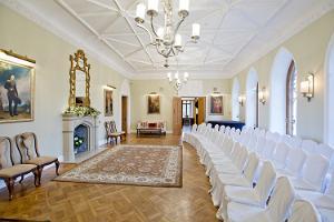 Seminar room of Keila-Joa Castle Schloss Fall