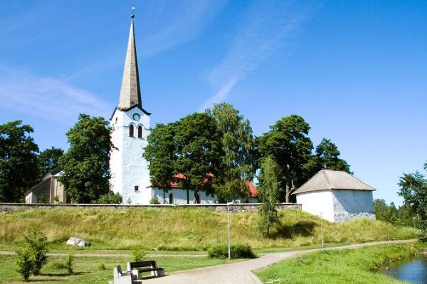 Avasta omal käel müstilised paigad ja puutumatu loodus Tallinna lähedal
