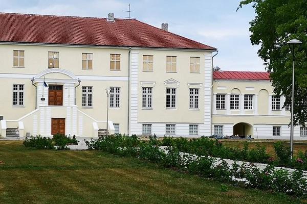Uuemõisa Manor