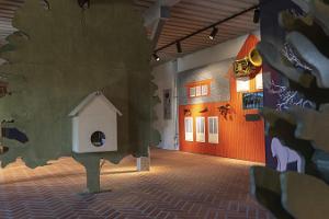 Sangastes muižas apļa formas staļļa apmeklētāju centrs