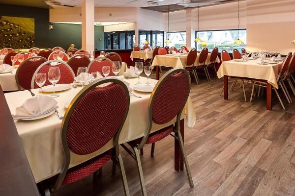 Restaurant und Café Dzingel