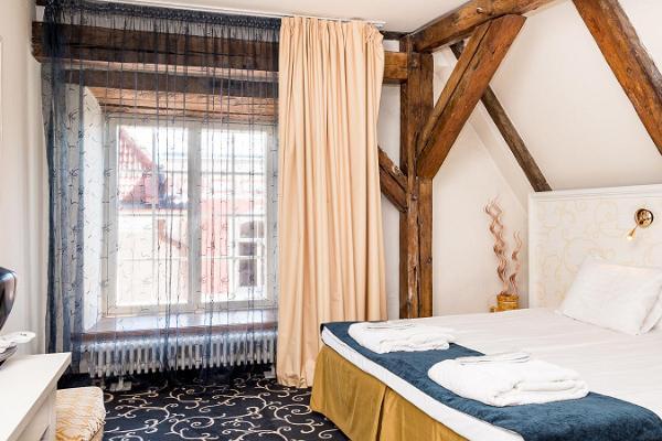 Meriton Old Town Garden Hotell