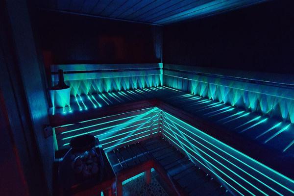 Sauna Club 69