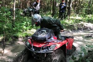 Fyrhjulingsturer i Toosikannu Semestercenter