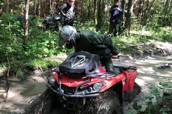 ATV-pārgājieni Toosikannu atpūtas centrā