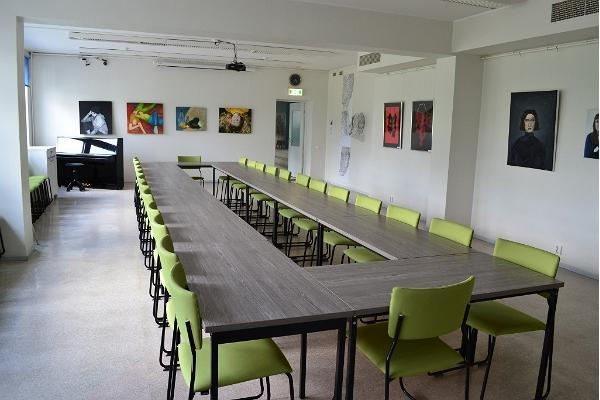 Rapla central library seminar room