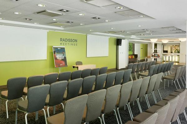 "Konferenču telpas viesnīcā ""Park Inn by Radisson Central Tallinn"""