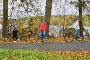 Guided kickbike ride in Taevaskoda on the paths of