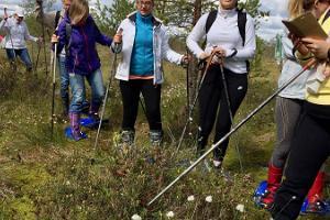 Snöskovandringar på sommaren och vintern i Valgesoo mosse