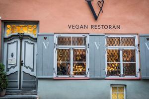 Веганский ресторан V