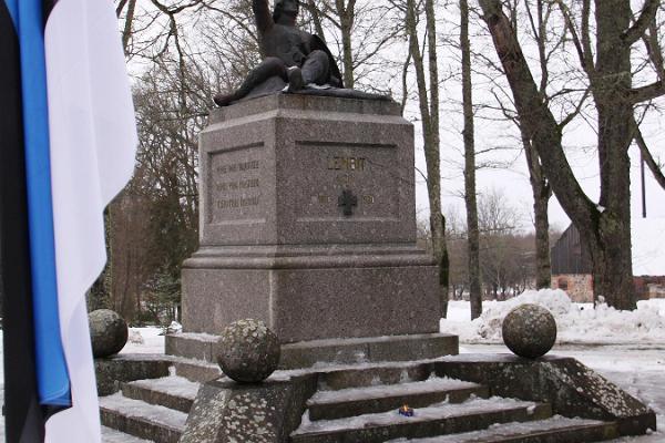 Minnesmärket Lembitu i Suure-Jaani för omkomna i frihetskriget