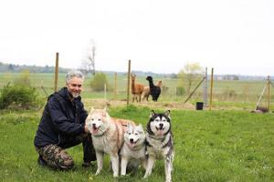 Besök till Paasiku hundgård