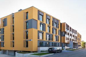Bob W. Telliskivi Apartments