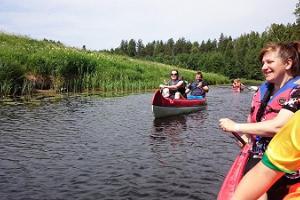 Поход на каноэ по реке Раннапунгерья