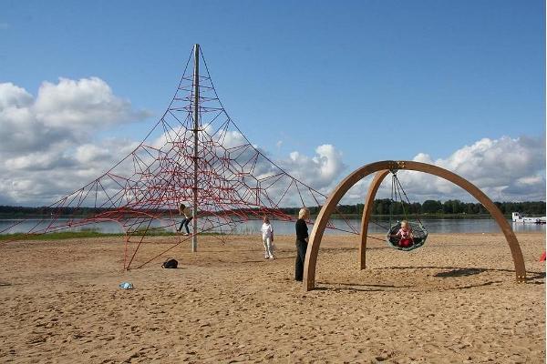 Tamula beach promenade playground