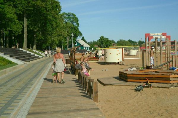 Der Spielplatz auf der Tamula Strandpromenade