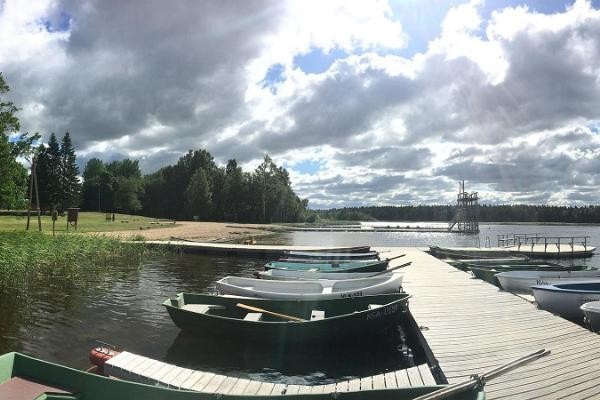 Paadilaenutus Väinjärvel