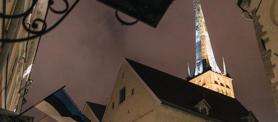 Leģendām vītās Tallinas vecpilsētas ieliņas