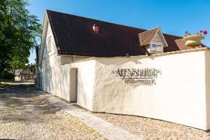 Arensburgin vierastalo